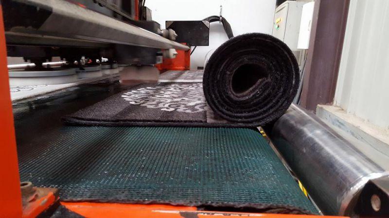 Nettoyage tapis pas cher free longoni produit nettoyage for Lavage interieur voiture montreal